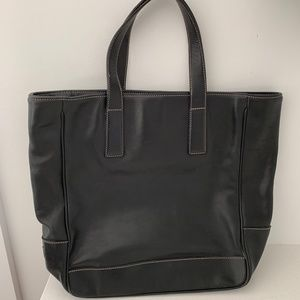COACH BLEEKER BLACK LEATHER TOTE WHITE STITCHING